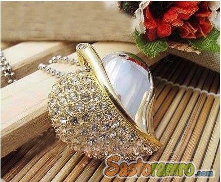 Beautiful Necklace Pendrive