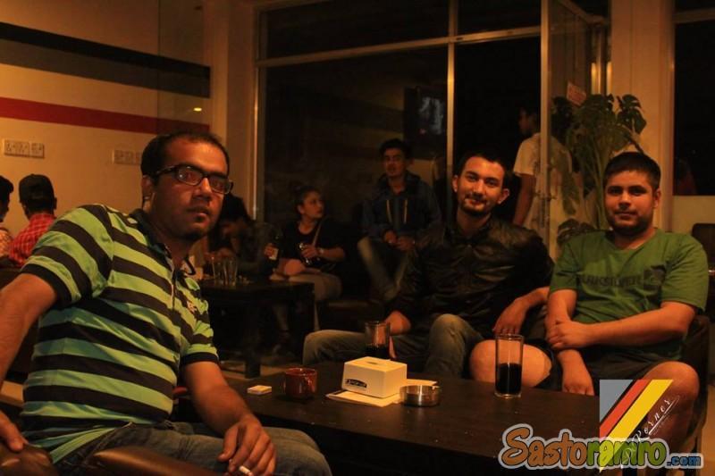 20 Lakhko restaurant 15 lakhmai......