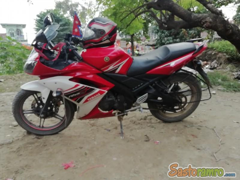 Looking for Yamaha R15 v1.5