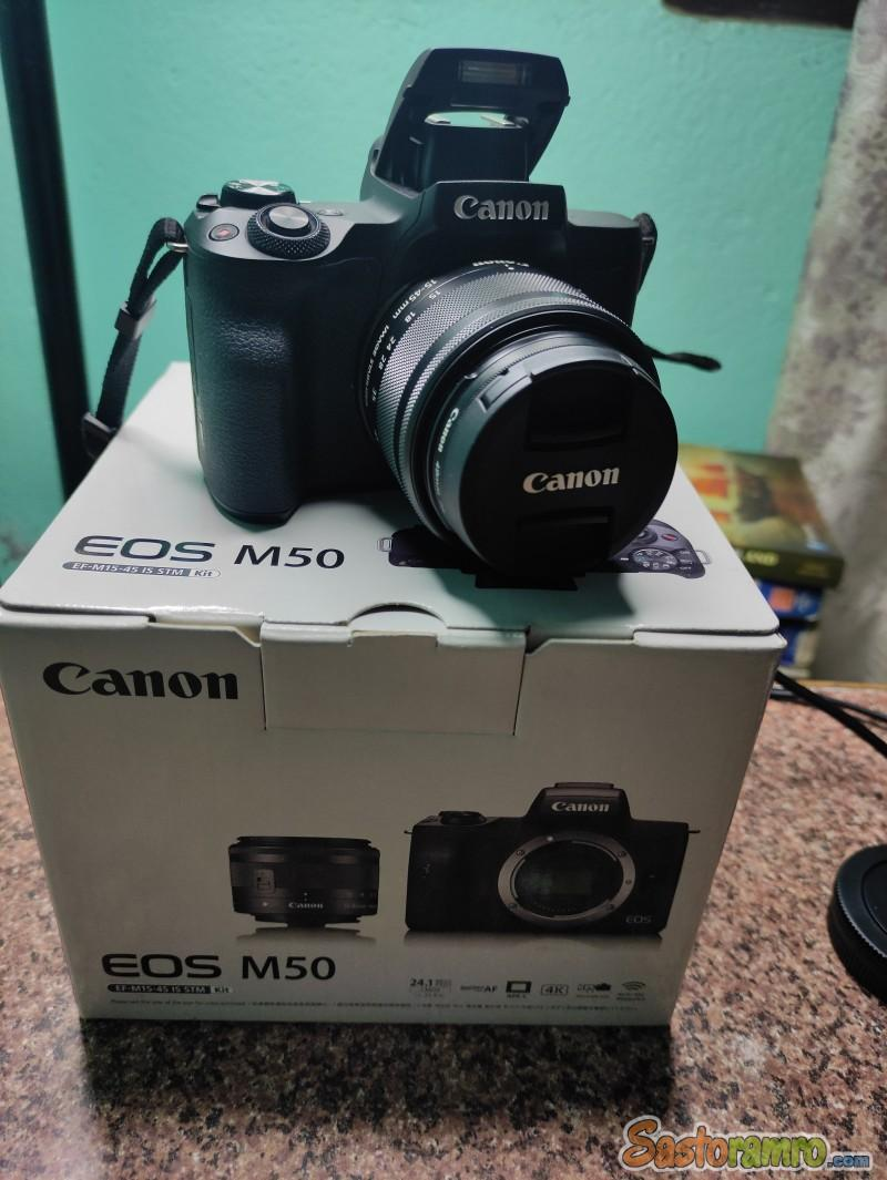 Canon M50 | 64 Gb Memory Card | 2 Battery | Lense UV Filter