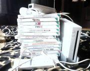 Nintendo wii cosole with 14 games