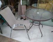 outdoor table n chair