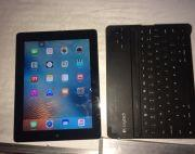 ipad 3rd gen with free bluetooth chargable keyboard with it