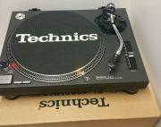 Technics 1210 mk2 Turntable mint