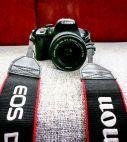 Canon EOS DIGITAL CANON 700D